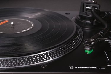 AT-LP120XUSB black close-up